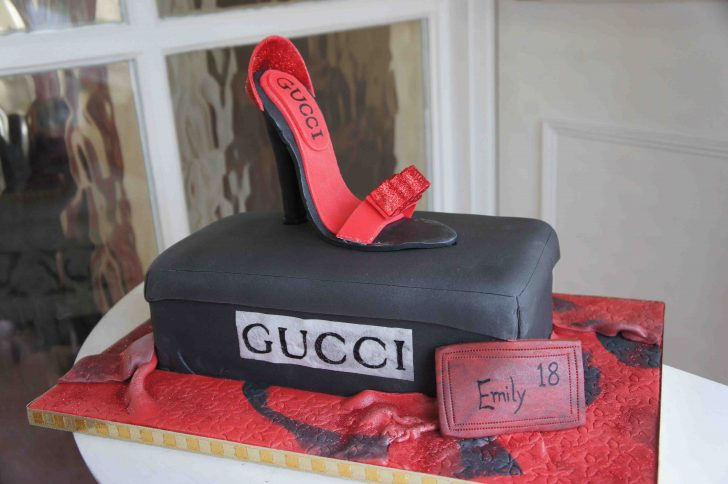 18 Birthday Cakes 24 Awesome Birthday Cakes For Girls From 18 To 21 Years Cakes And