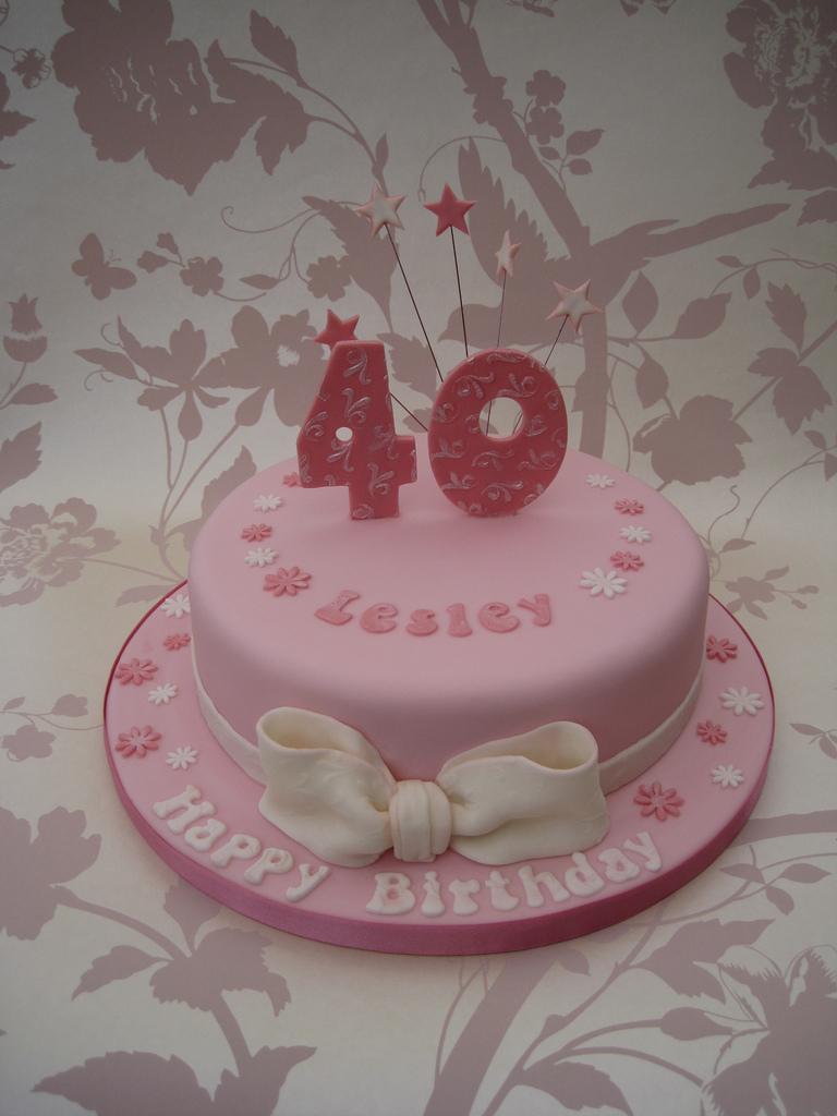 40Th Birthday Cakes For Her Pink 40th Birthday Cake Asked For Something Pink And Girly Flickr