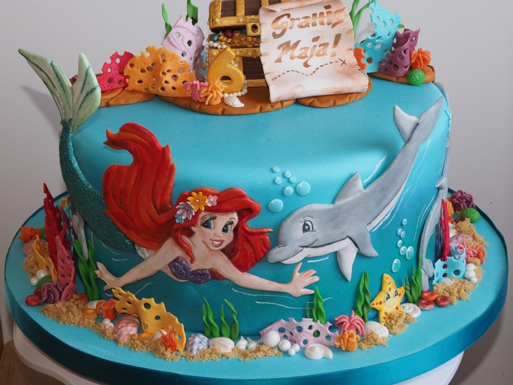 Ariel Birthday Cakes My Daughter Wanted A Cake With Ariel Dolphins And A Treasure Chest