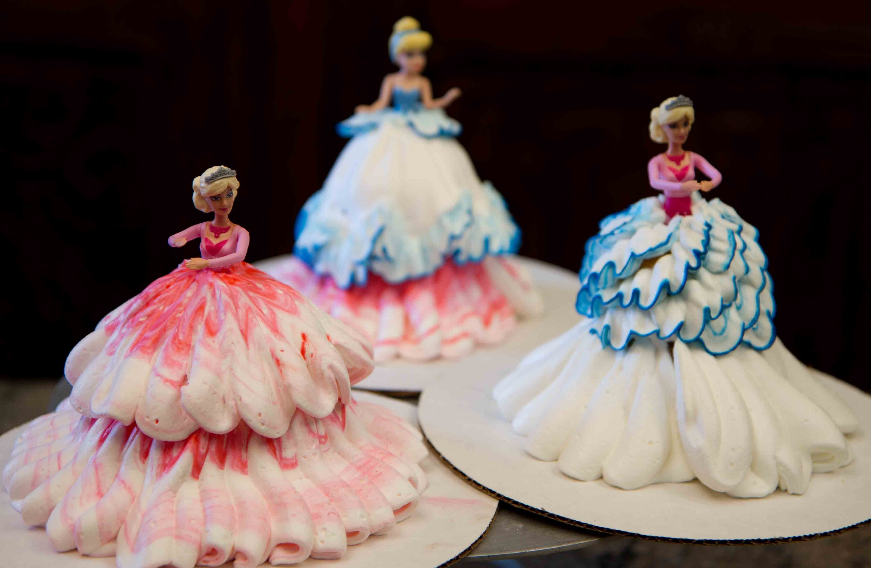 Barbie Birthday Cakes Best Barbie Doll Birthday Cakes Delivered Winni Winni
