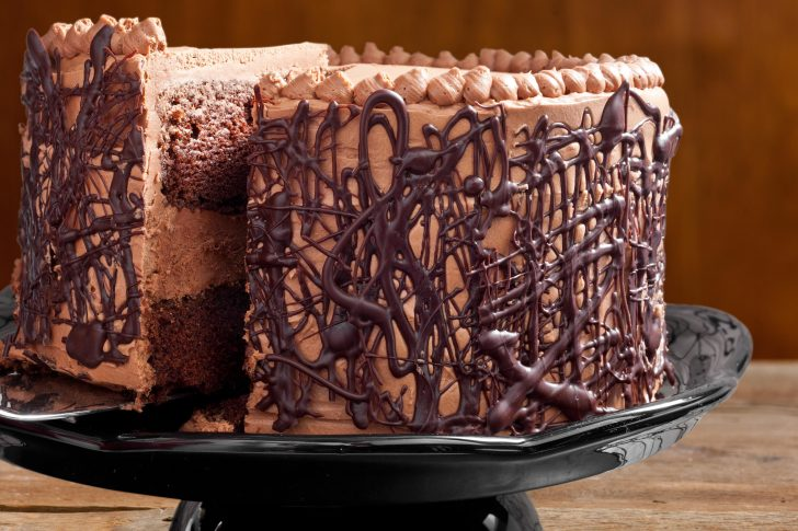 Best Chocolate Birthday Cake Chocolate Cake With Whipped Fudge Filling And Chocolate Buttercream