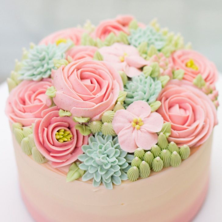 Birthday Flower Cake So Pretty Buttercream Flowers So Delicate On A Cake Learn How To