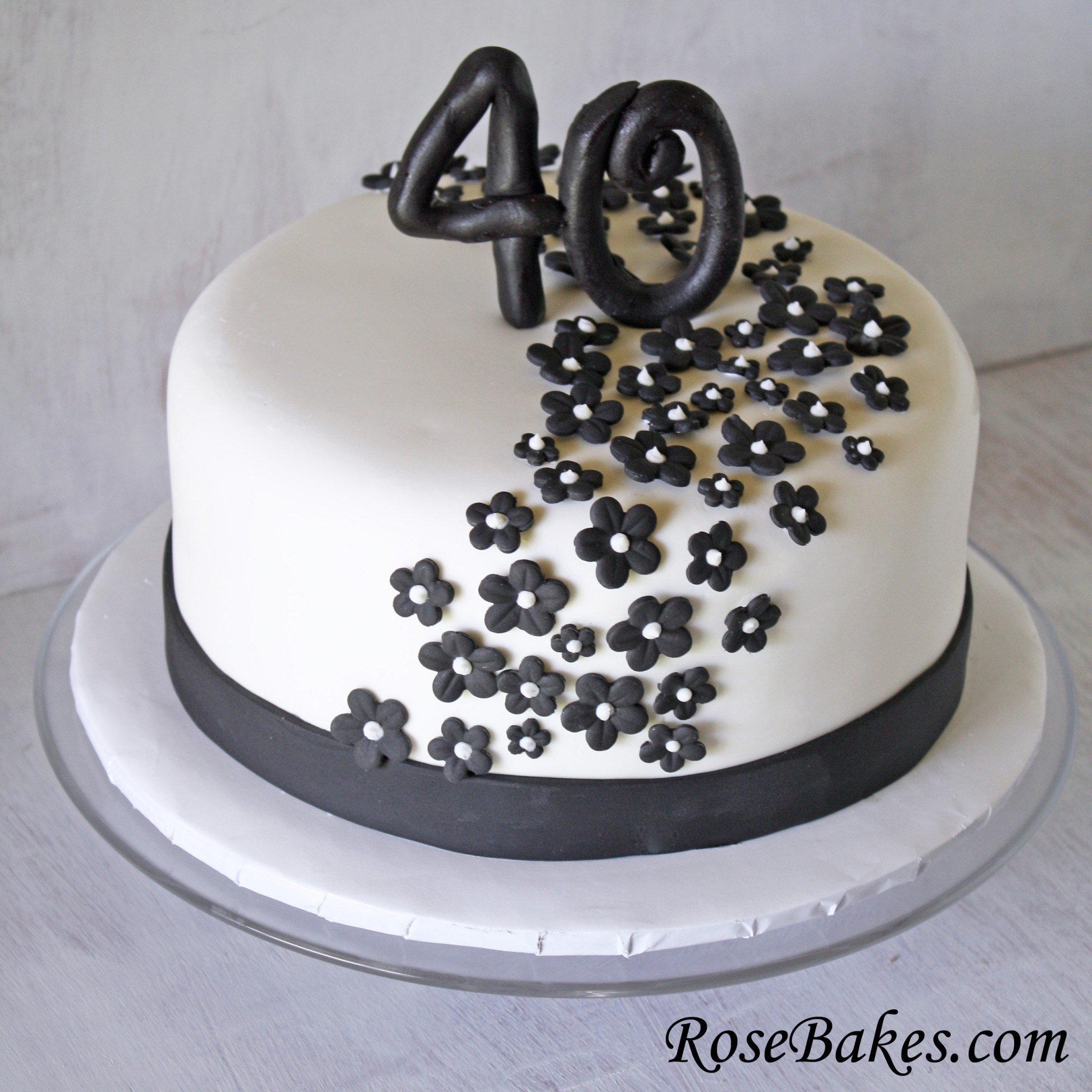 Black And White Birthday Cake Black White 40th Birthday Cake Flowers Rose Bakes