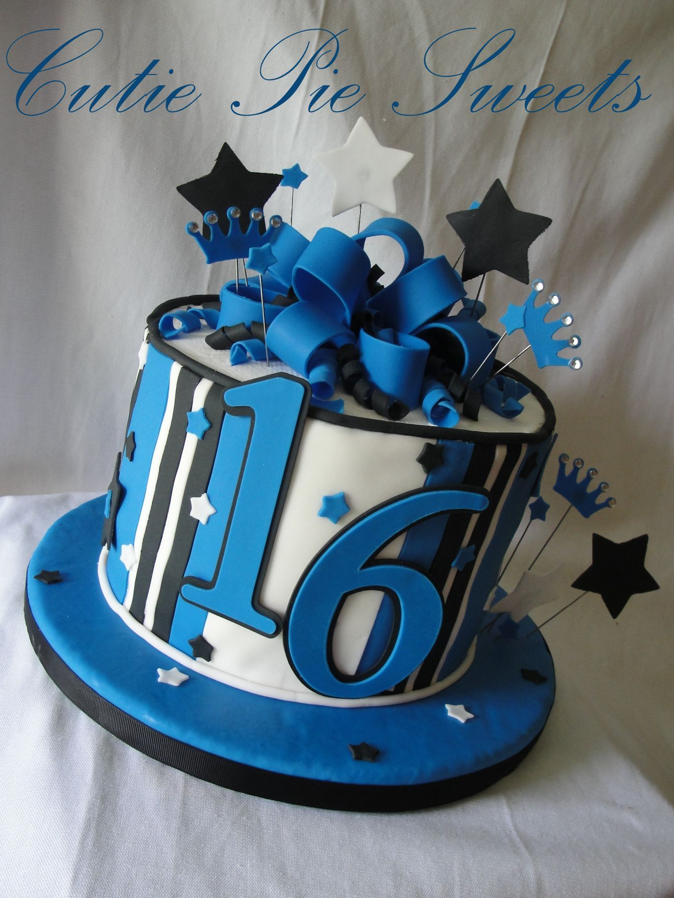 Blue Birthday Cake Black Blue White 16th Birthday Cake Cakes Cupcakes 16