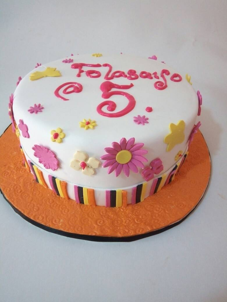 Cute Birthday Cakes Cute Birthday Cake Simply Amazing Cakes And Events