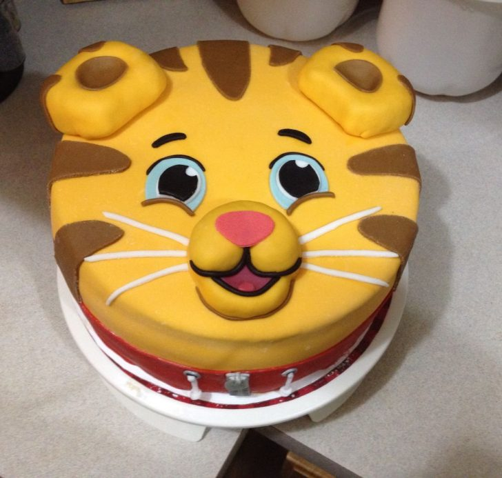 Daniel Tiger Birthday Cake Daniel Tiger Birthday Cake Cakes Ive Made Pinterest Daniel