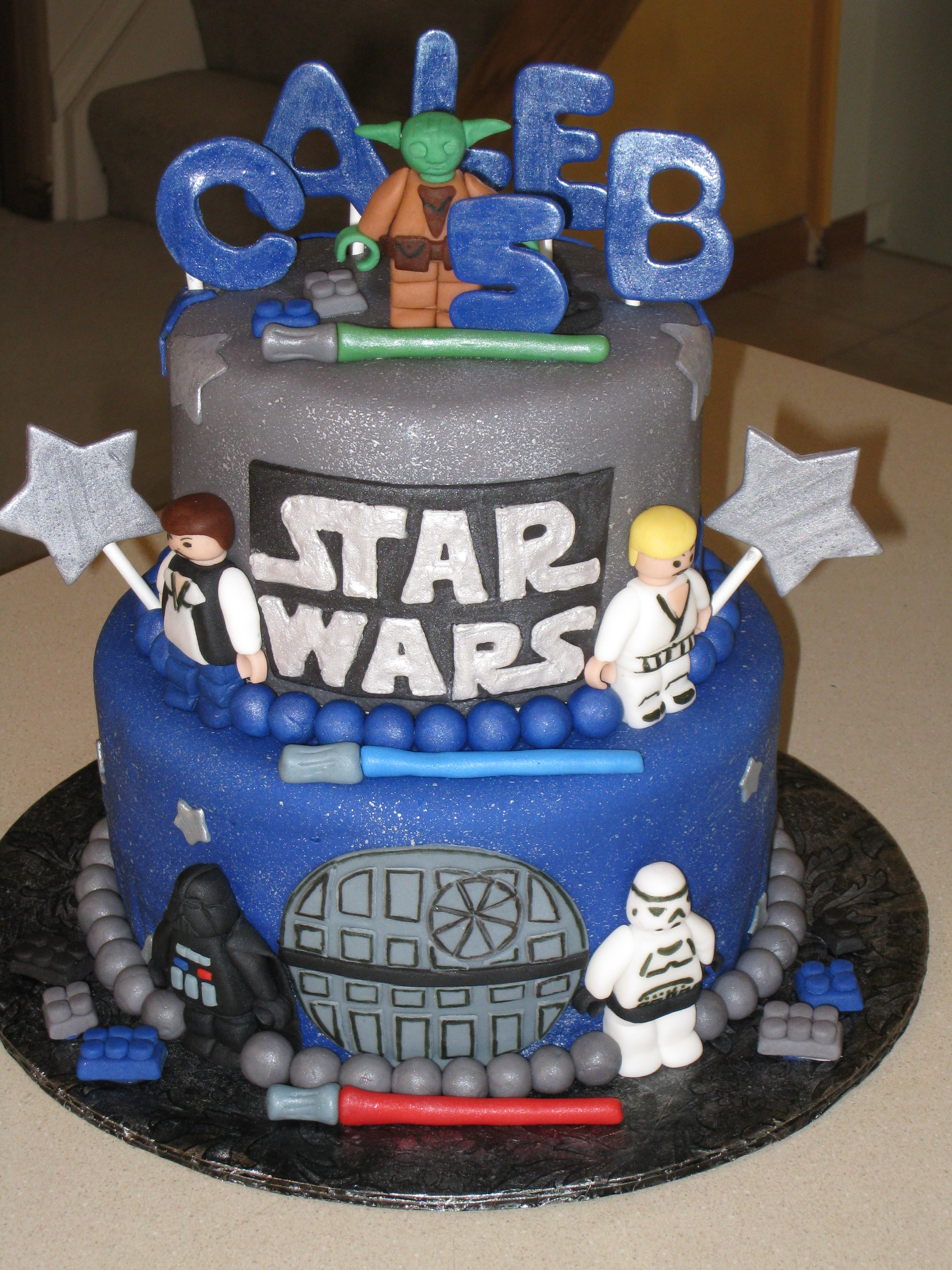 Darth Vader Birthday Cake 25 Star Wars Themed Birthday Cakes Cakes And Cupcakes Mumbai