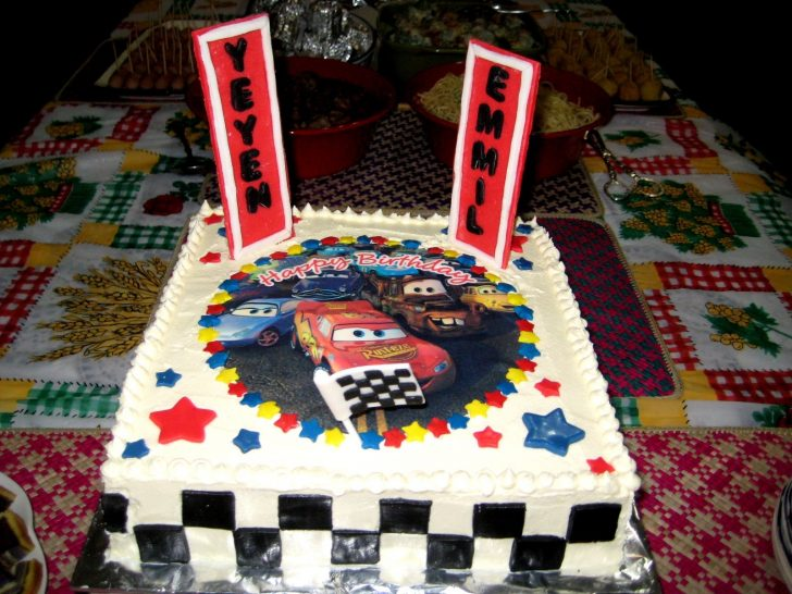 Disney Cars Birthday Cake Disney Cars Birthday Cake Chocolatecherrybrownie