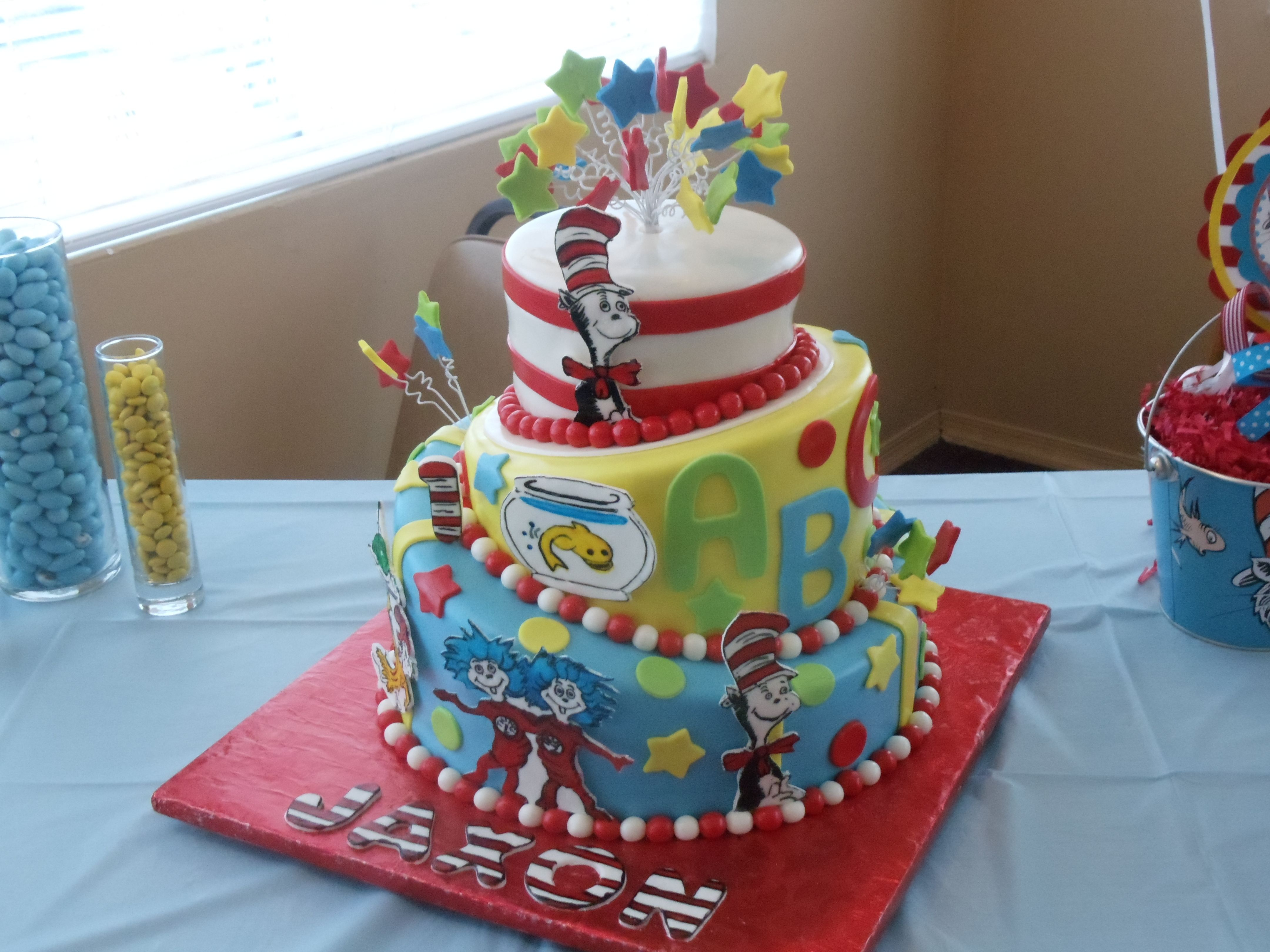 Dr Seuss Birthday Cakes My Sons First Birthday Cake Dr Seuss Mateo 1 Pinterest