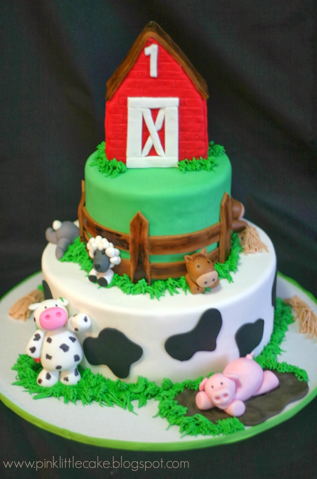 Farm Birthday Cake My Pink Little Cake Farm Theme Birthday Cake