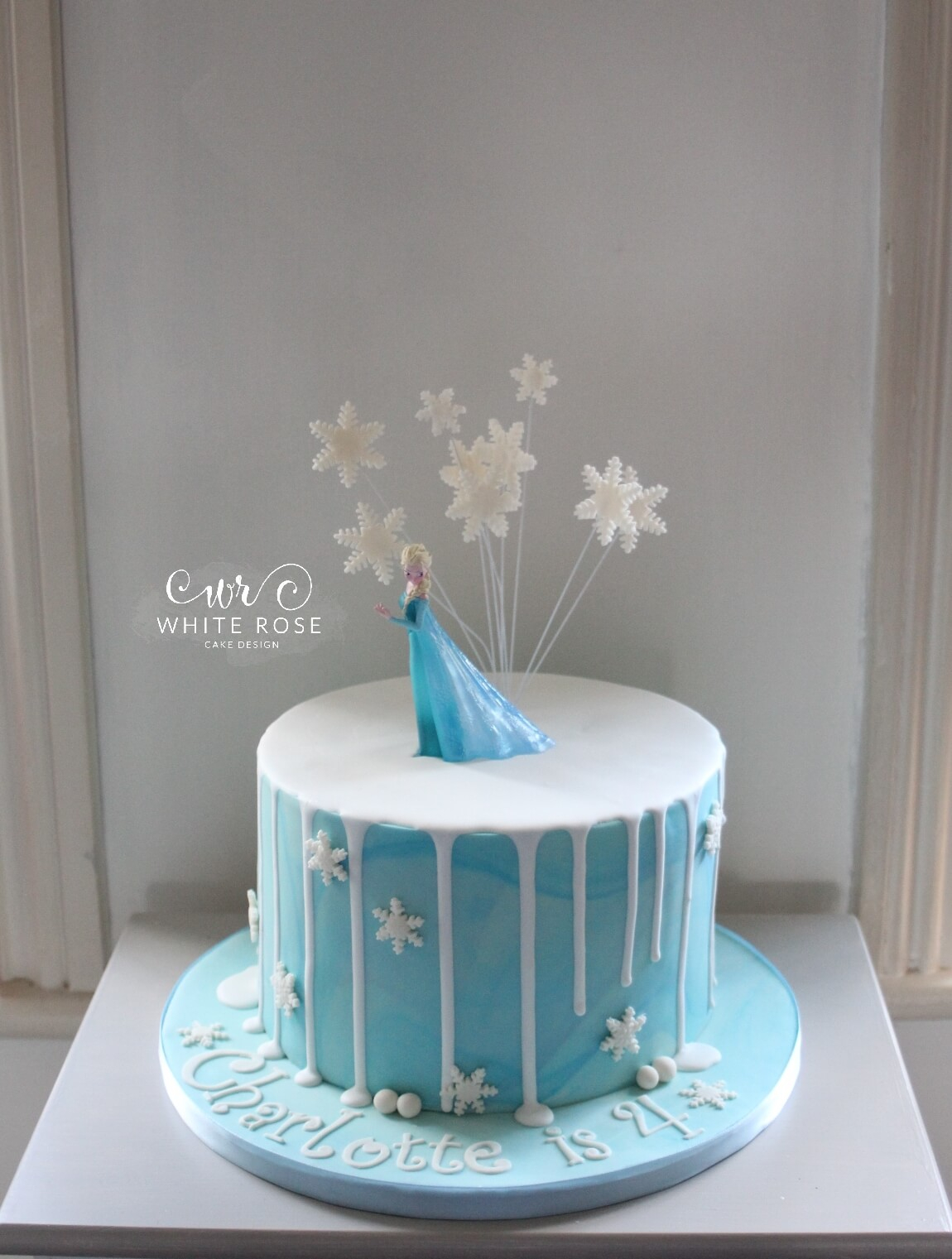 Frozen Themed Birthday Cakes Elsa From Frozen Themed 4th Birthday Cake White Rose Cake Design