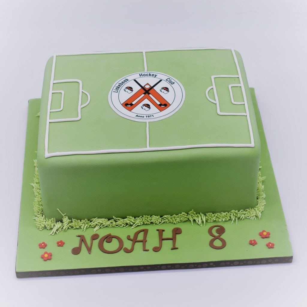 Hockey Birthday Cake Hockey Birthday Cake From Patricia Creative Cakes Brussels
