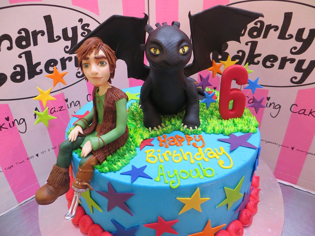 How To Train Your Dragon Birthday Cake How To Train Your Dragon Themed Birthday Cake Charlys Bakery Flickr