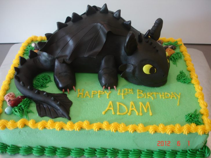 How To Train Your Dragon Birthday Cake How To Train Your Dragon Toothless St Louis Custom Cakes