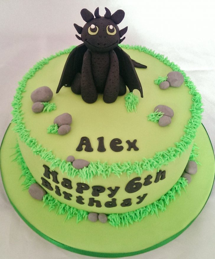 How To Train Your Dragon Birthday Cake Toothless How To Train Your Dragon Cake Madelyns 5th Bday