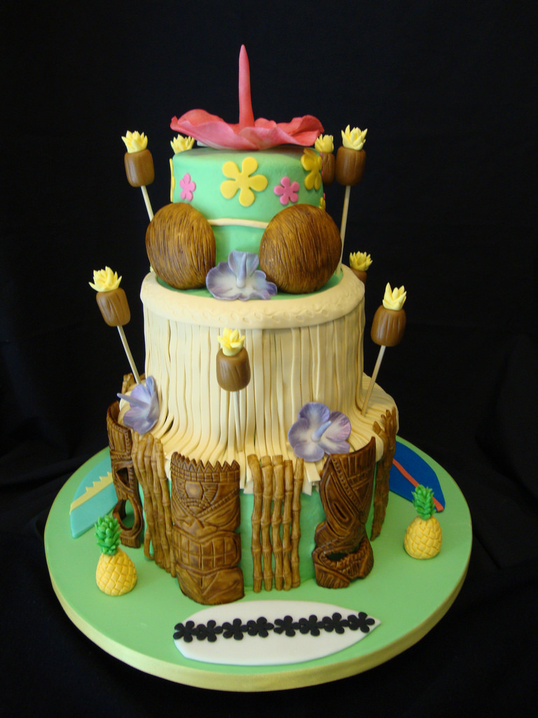 Luau Birthday Cakes Hawaiian Luau Birthday Cake Laura Varela Flickr