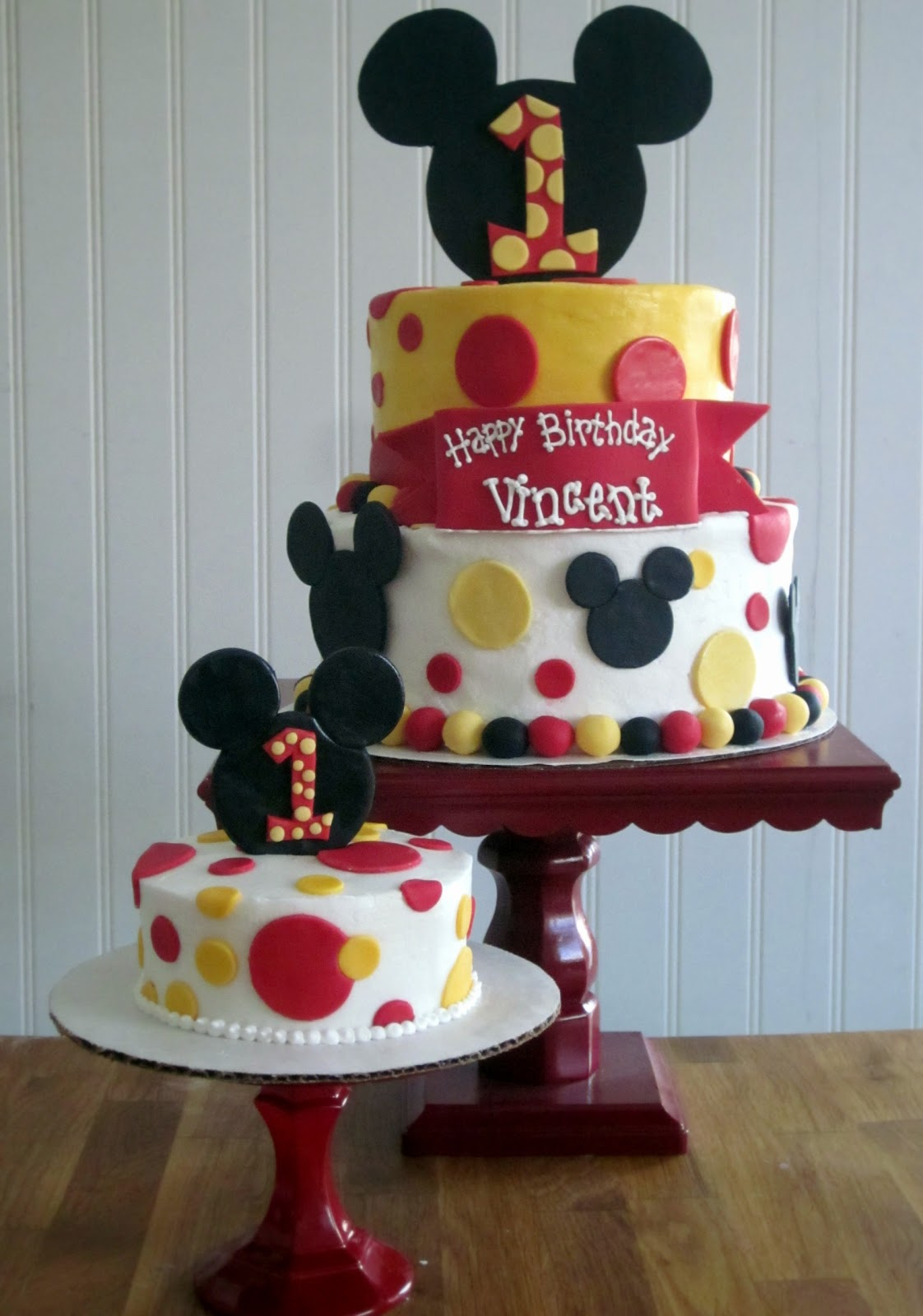 Mickey Mouse 1St Birthday Cake Darlin Designs Mickey Mouse First Birthday Cake And Smash Cake