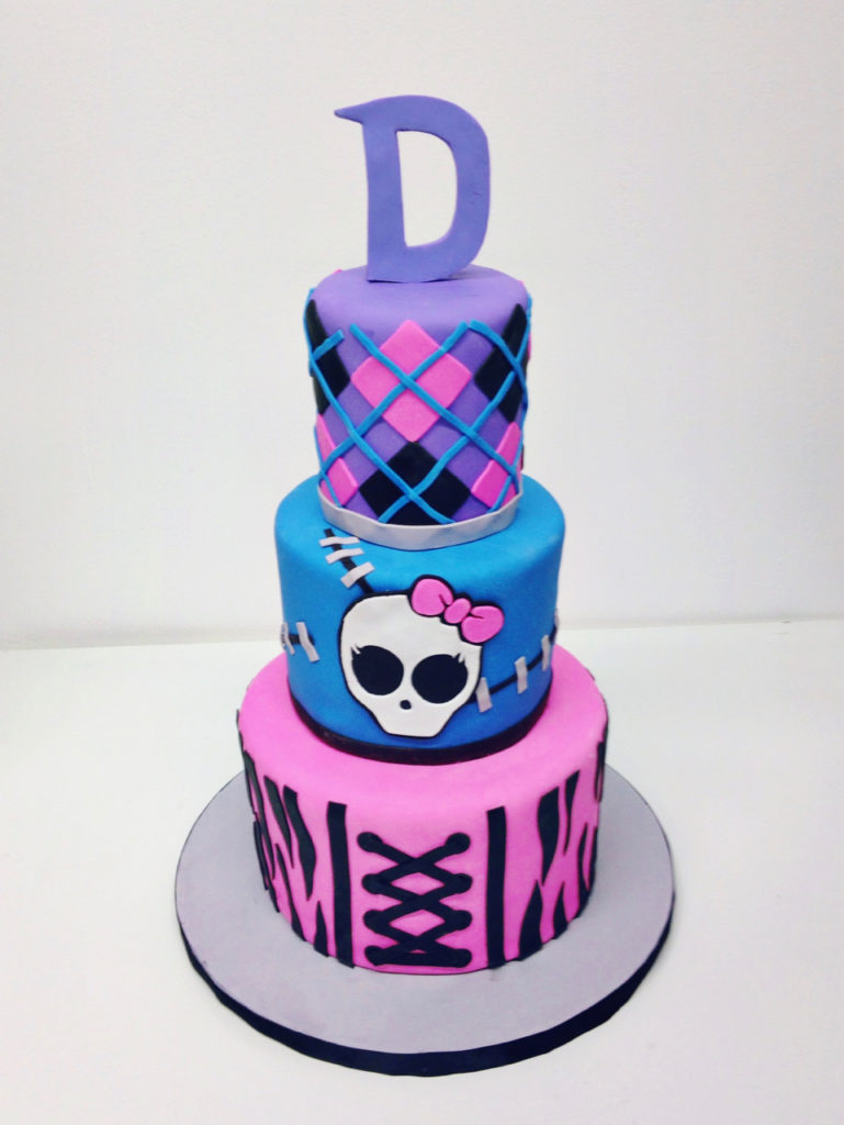 1024 In 32 Brilliant Picture Of Monster High Birthday Cake