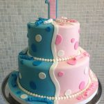 Twin Birthday Cakes A Great 1st Birthday Cake For Twins Cakes Cupcakes Cake Pops