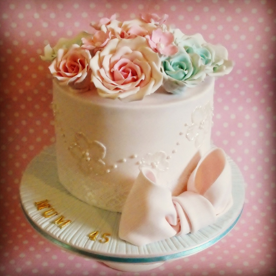 Vintage Birthday Cakes Pretty Brush Embroidery And Vintage Rose Birthday Cake Cakecentral