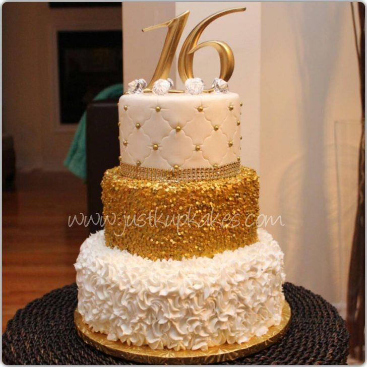 White And Gold Birthday Cake 9 White And Gold Elegant Birthday Cakes Photo Elegant Gold