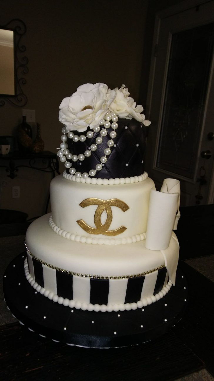 White And Gold Birthday Cake Chanel Birthday Cake Cakecentral