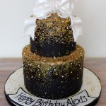 White And Gold Birthday Cake White Black Gold Birthday Cake Classe Elegant With Gold Sprinkles